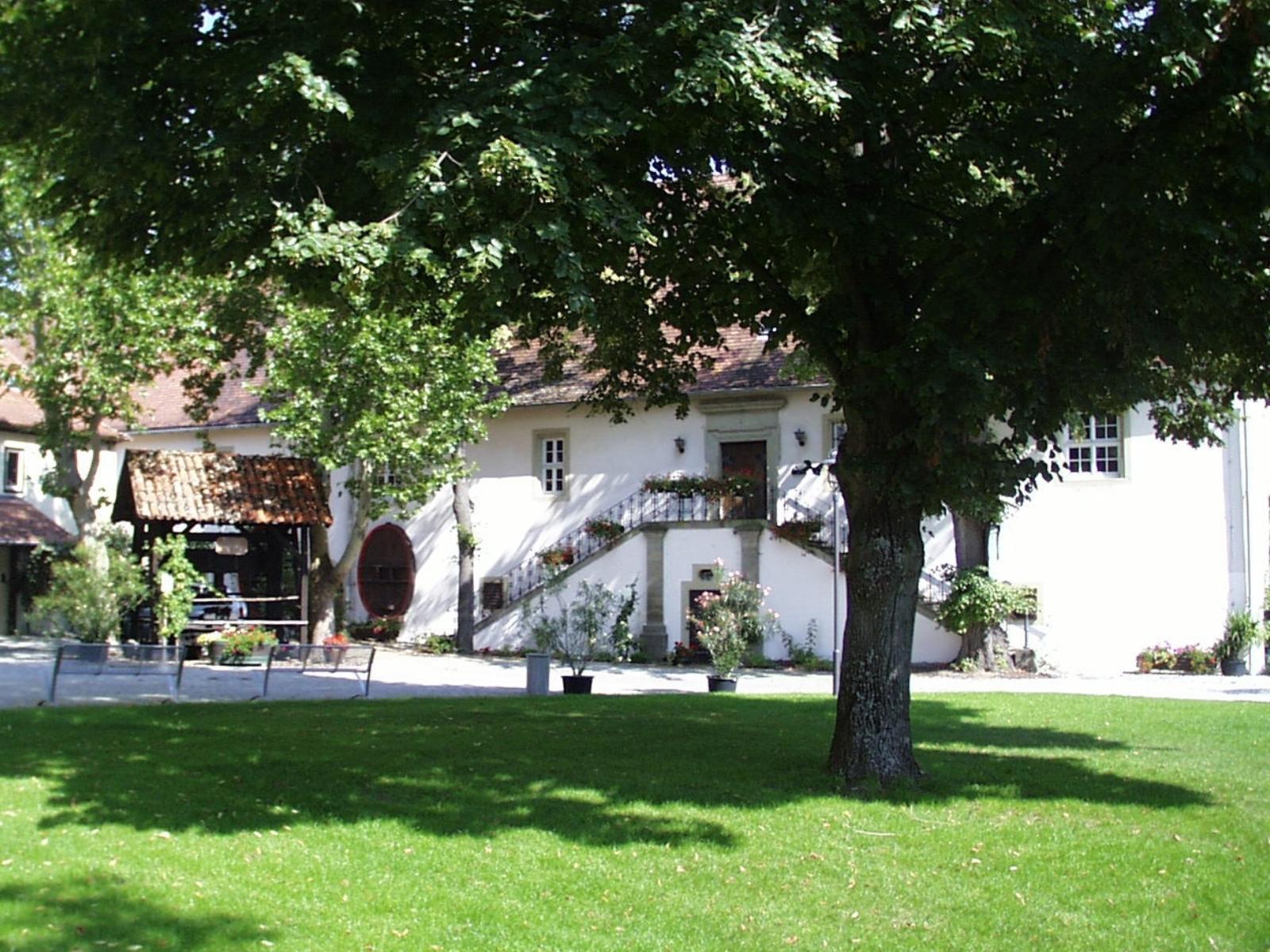 Im Schlossinnenhof des Winzerkellers Schloss Crailsheim finden zahlreiche Veranstaltungen statt.