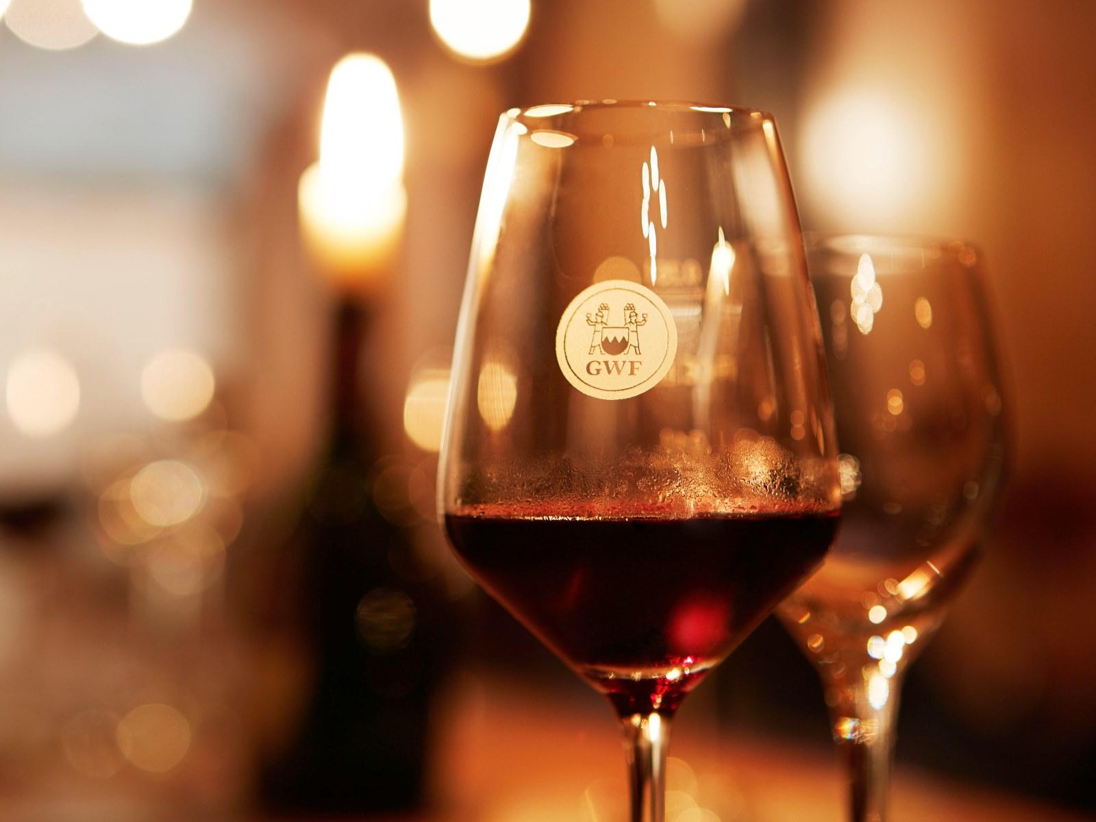 Weinglas der Winzergemeinschaft Franken
