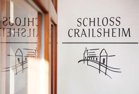 Das Schloss Crailsheim in Rödelsee wartet mit einer modernen Vinothek in historischen Gebäuden auf Ihren Besuch.