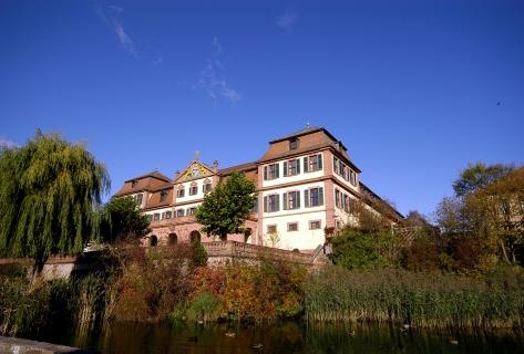 Blick auf das Rote Schloss in Hammelburg